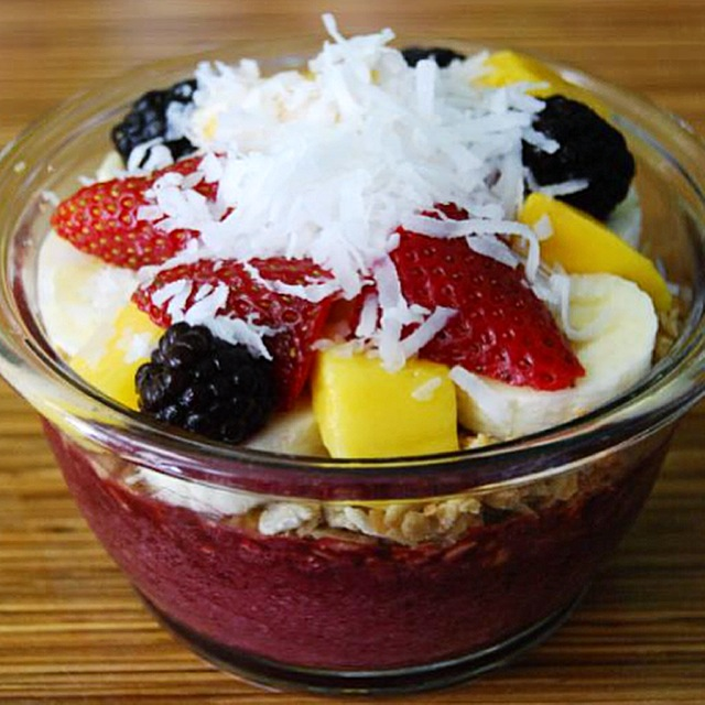 """Tried acai bowl for the very first time on Thursday! A to the mazing."" -Anniken Tronstad"