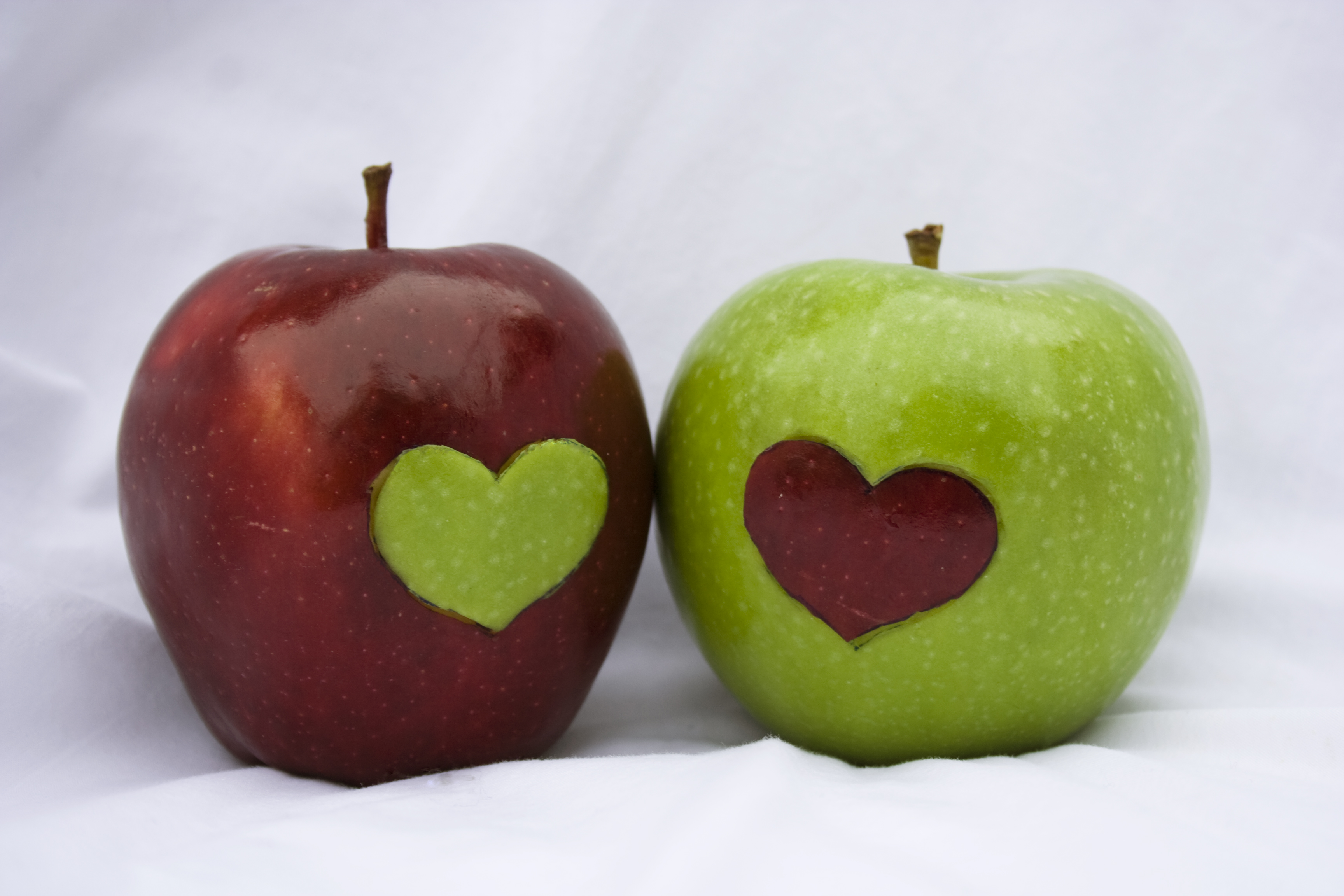 Apples are rich in quercetin, which is an anti-inflammatory.