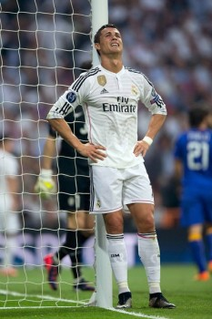 CR7, Real Madrid superstar and one of the best soccer players in the world, during the Real vs. Juve game (Photo: Tumblr)