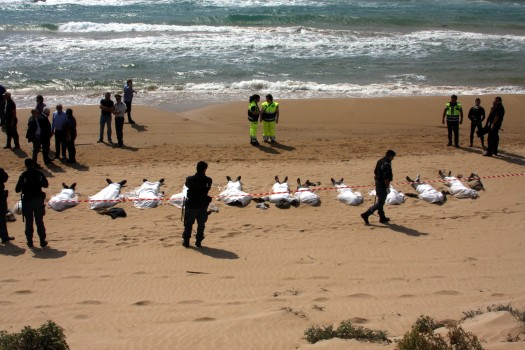 Dead immigrants on the coasts of Italy, someone who did not make it.