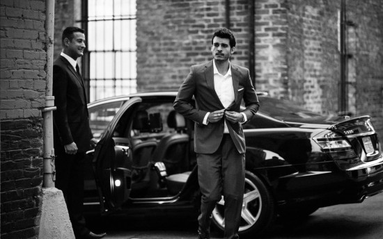 Uber advertises with professional models to give the chic lure to drive for Uber