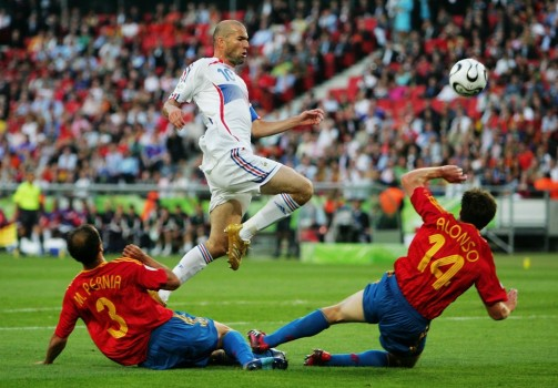 Zidane driving the Spanish defence crazy!