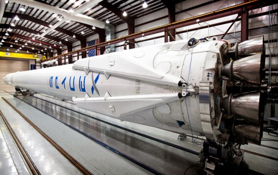 spacex-falcon-9-crs-3-retractable-legs